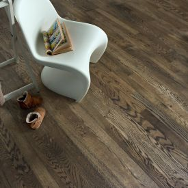 Black (European Oak - 3 Strip)